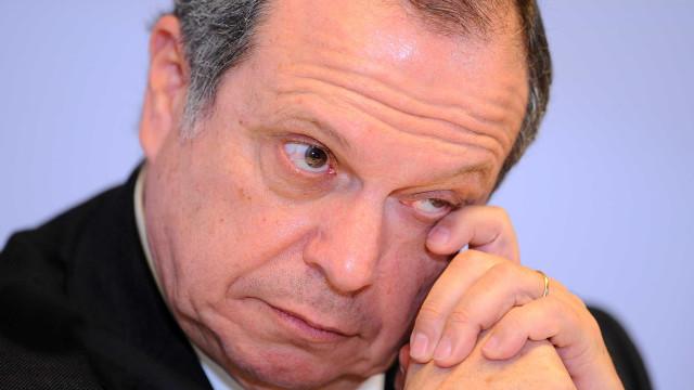 """Carlos César não está """"muito animado"""" com solução para lesados do Banif"""