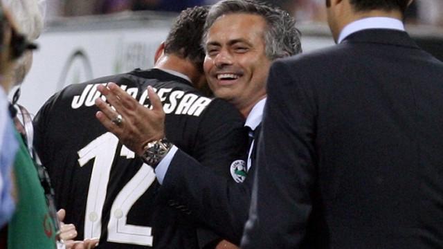 """""""Mourinho foi mais do que um pai quando eu estava no Inter"""""""