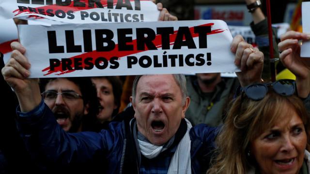 Ex-vice-presidente e três ex-conselheiros da Generalitat continuam presos