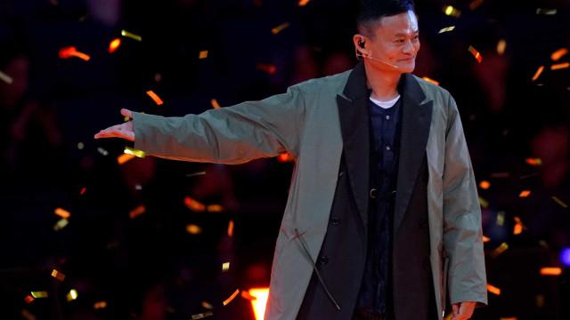 Alibaba bate recorde de vendas online com 25 mil milhões de dólares