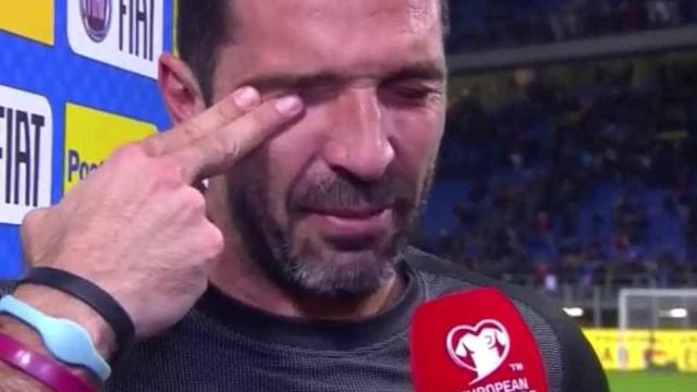 """Buffon em lágrimas: """"É um desgosto que este seja o meu último jogo"""""""