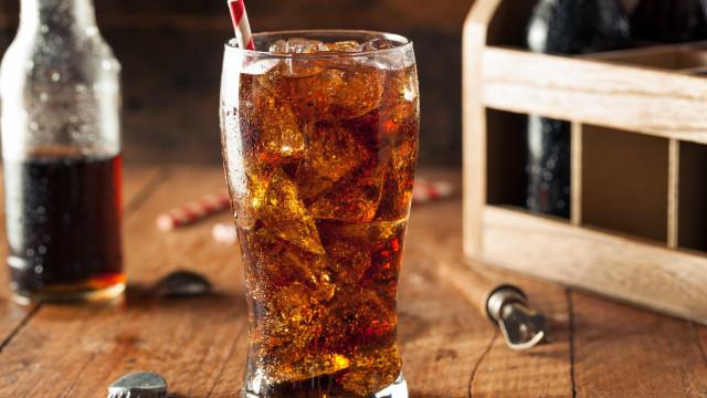 Bebidas com gás engordam? Hormona da fome está envolvida