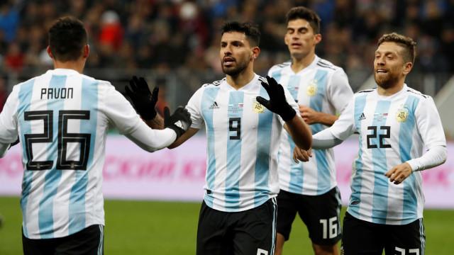 Nigéria surpreende Argentina com reviravolta que terminou em goleada