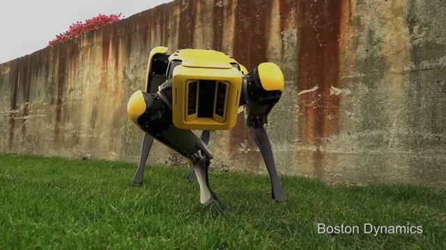 Boston Dynamics apresenta novo 'cão' robótico. E está para breve...