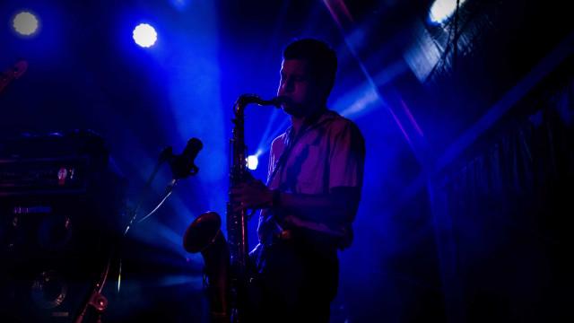 Black Bombaim prepararam novo disco com residências artísticas no Porto