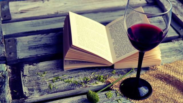 Prazer dos livros e dos vinhos aliam-se em festival de Viseu