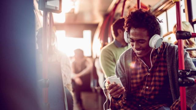 Descubra quais são as melhores apps para ouvir (e criar) música