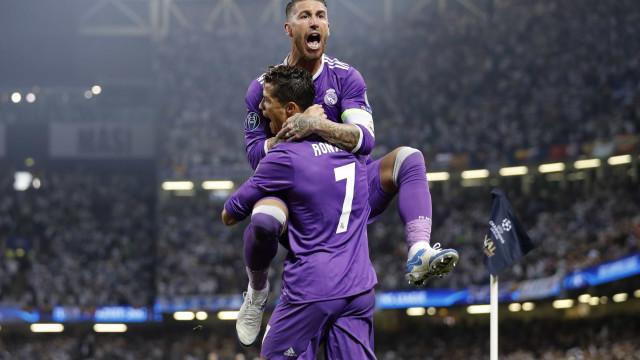 """Espanhóis falam em """"tensão"""" e """"incómodo"""" entre Ronaldo e Sergio Ramos"""