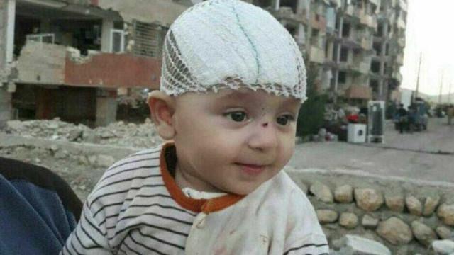 """""""Bebé milagre"""" resgatado com vida três dias depois do sismo"""