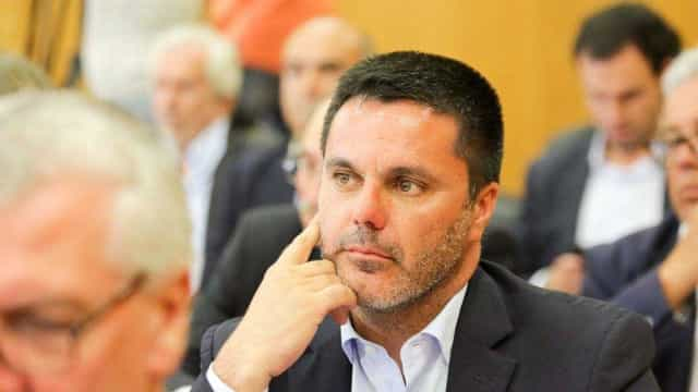 """PSD acusa Governo de """"falta de credibilidade"""" na decisão sobre o Infarmed"""