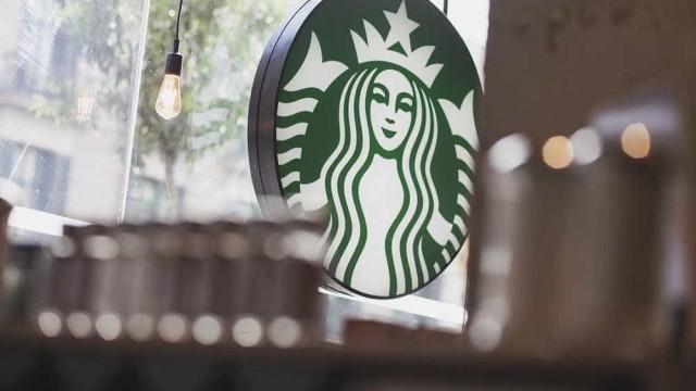 Novas lojas e surpresas: Saiba as prendas que o Starbucks traz no Natal