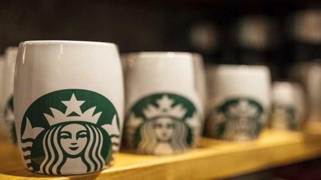 Episódio de racismo leva Starbucks fechar lojas nos EUA por um dia