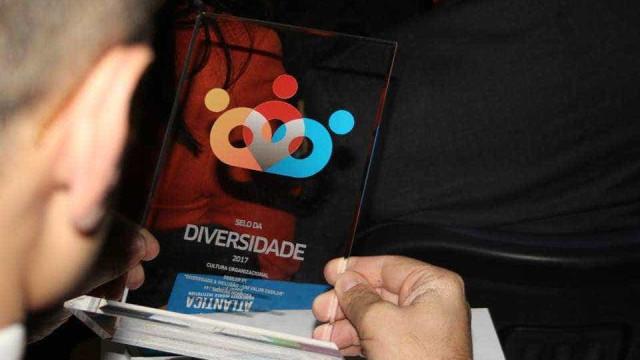 Selo da Diversidade para reconhecer boas práticas nos locais de trabalho