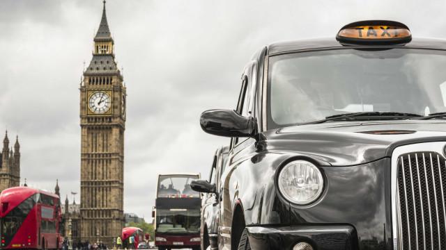 Aumentaram os crimes sexuais em táxis em Londres