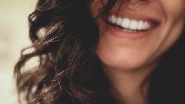 Fio dentário. O maior aliado da saúde da boca