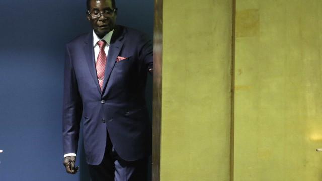 Robert Mugabe aceita abandonar cargo de Presidente do Zimbabué