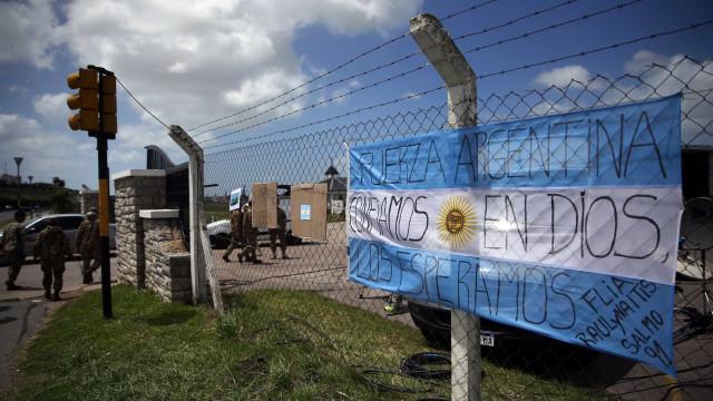 Submarino argentino reportou avaria na última comunicação com a base