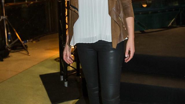 Fernanda Serrano 'arrasou' na gala da TVI com look transparente
