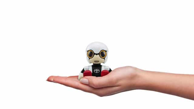 Kirobo Mini, um robot que procura revolucionar as relações com humanos