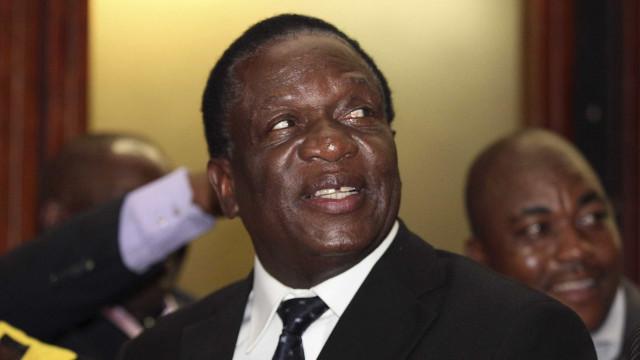 Explosão no Zimbabué em estádio onde discursava presidente