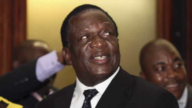 Presidente do Zimbabué anuncia agência espacial nacional