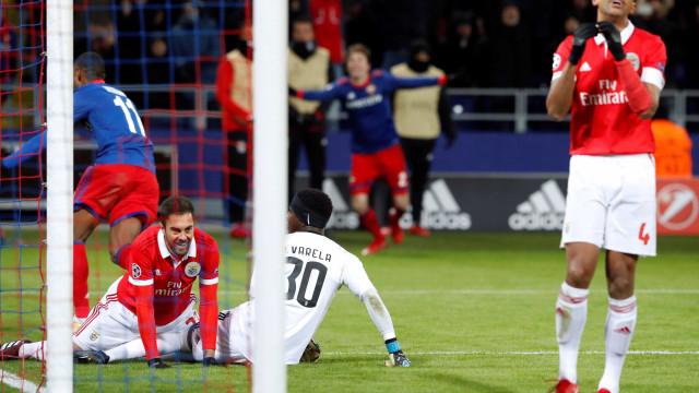 Benfica perde em Moscovo e está fora das competições europeias
