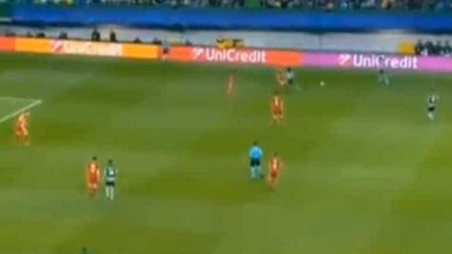 Gelson assiste e Bas Dost desbloqueia o Sporting-Olympiacos