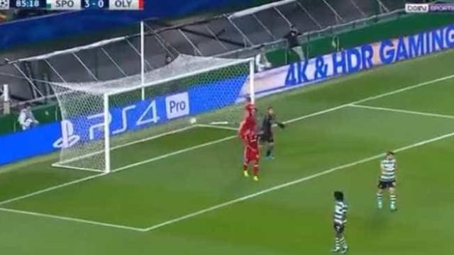Foi com este golo que o Olympiacos reduziu em Alvalade