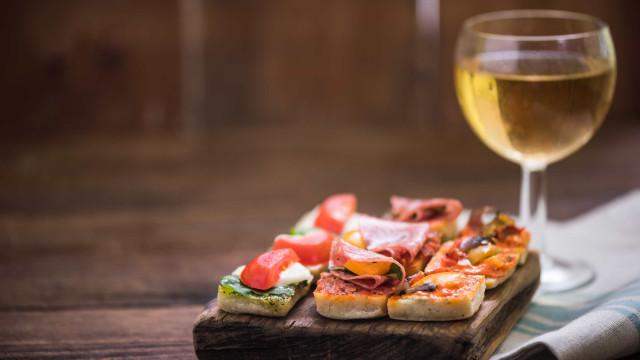 Caça é 'estrela' de mostra gastronómica em Mora