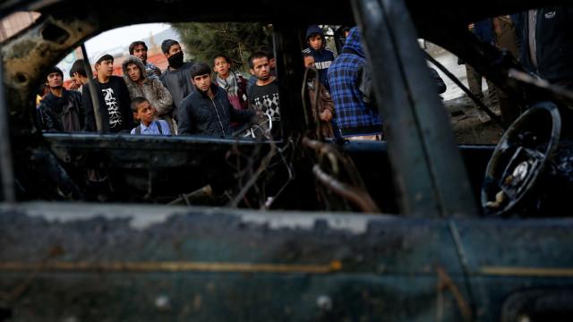 Atentado suicida no leste do Afeganistão fez oito mortos