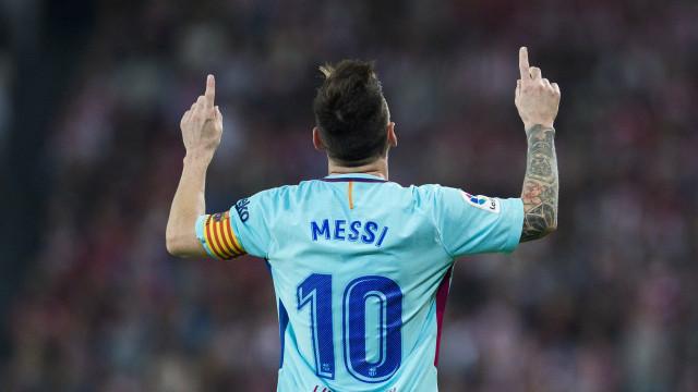 Messi vence a quarta Bota de Ouro e iguala Ronaldo