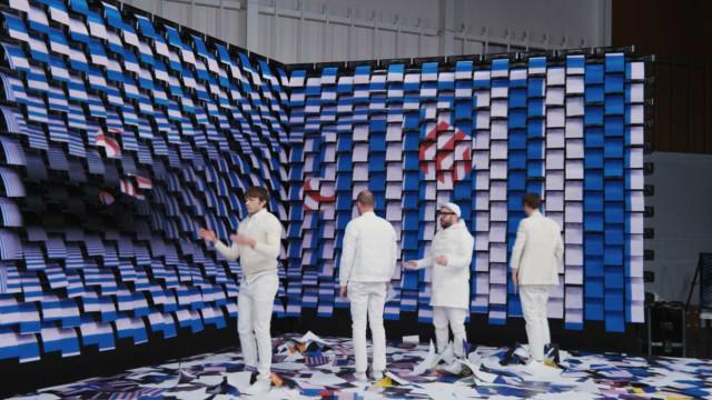 Impressoras e muito papel. Veja o novo (e incrível) vídeo dos OK Go