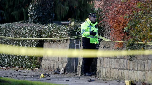 Acidente em carro roubado mata cinco jovens. Dois adolescentes detidos