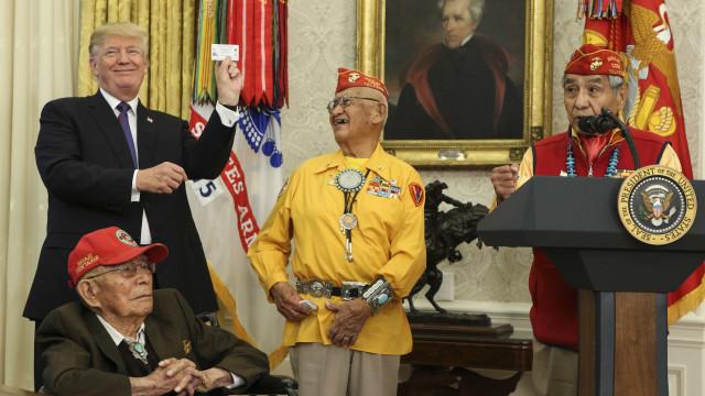Trump chamou Pocahontas a senadora democrata e não foi um elogio