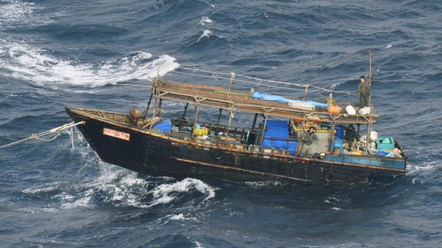 Dispara número de barcos de pesca norte-coreanos que chegam ao Japão