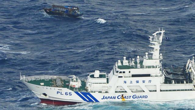 Embarcação à deriva com tripulantes norte-coreanos detetada por japoneses