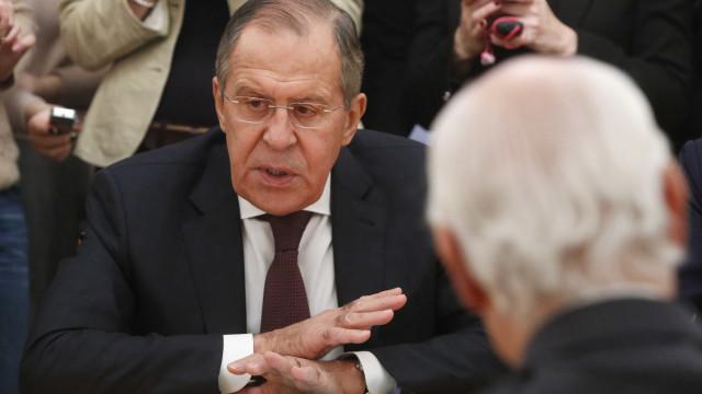 Rússia reforça postura em disputa de ilhas Curilas com o Japão