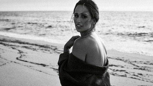 Rita Pereira dá as boas vindas a dezembro em lingerie