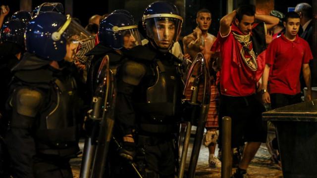 """""""Centenas de polícias"""" na rua para garantir segurança em jogo de """"risco"""""""