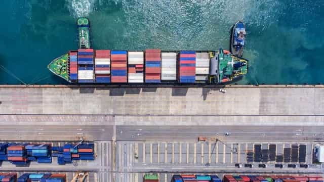 Exportações caíram 8,7% em novembro por causa da greve dos estivadores