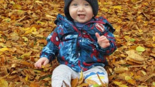 Bebé de 17 meses morreu atropelado em parque de estacionamento