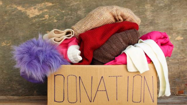 Voluntário encontra mais de 6.700 euros em casaco doado para caridade