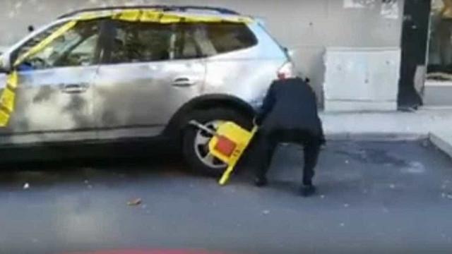 Vídeo de homem a retirar bloqueador da EMEL chega à imprensa britânica