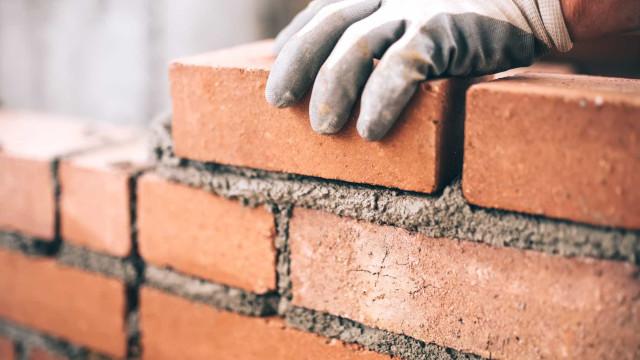 Construção acelera crescimento para 3,4% em maio