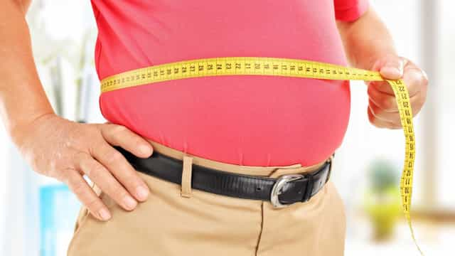 Porque é que a idade traz sempre uns quilos a mais?