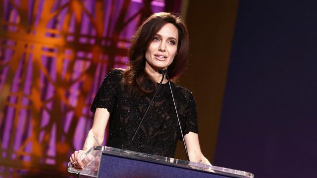 """O poderoso discurso de Angelina Jolie: """"Não temos de baixar a cabeça"""""""