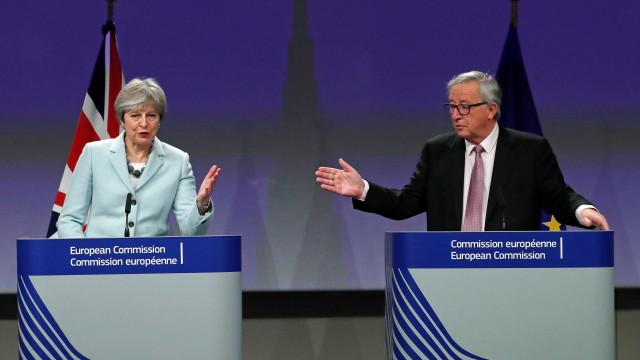 """Juncker revela que foram feitos """"os avanços necessários"""" para o Brexit"""