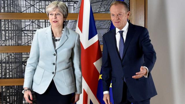 Tusk adverte que o mais difícil das negociações ainda está para vir