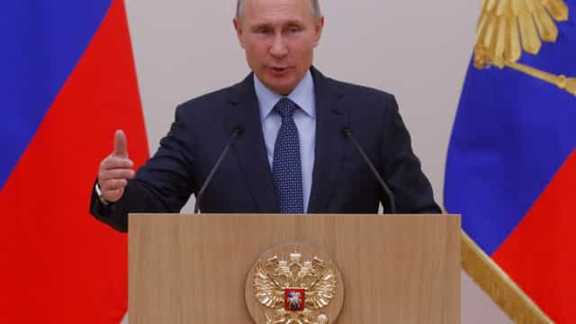 Putin reúne-se na segunda-feira em Ancara com homólogo turco