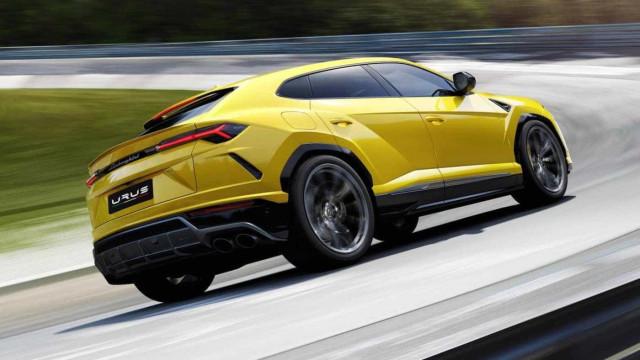 Sabia que pode configurar o Lamborghini Urus em pouco minutos?